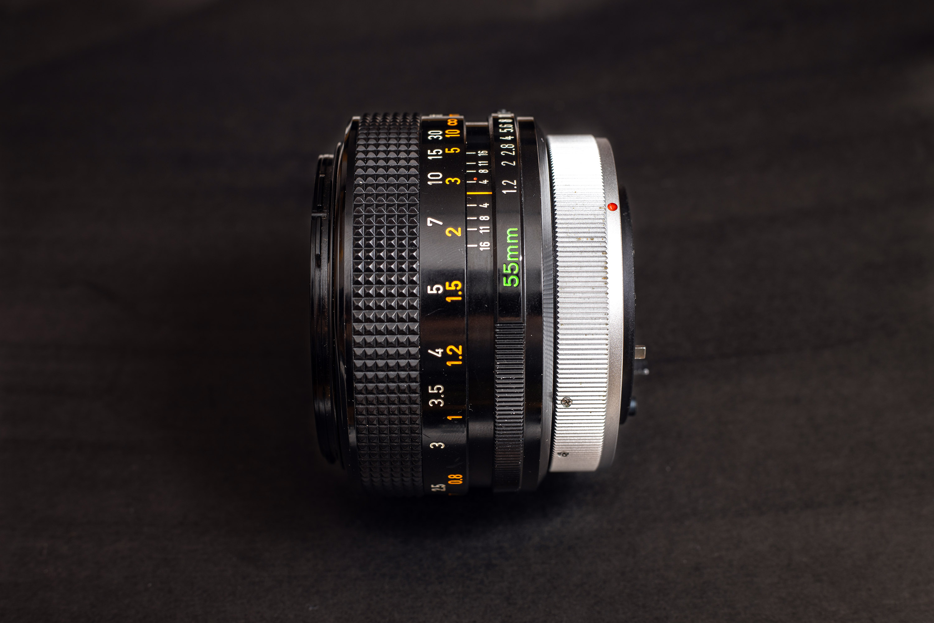 Canon FD 55mm f1.2 S.S.C. - Side view