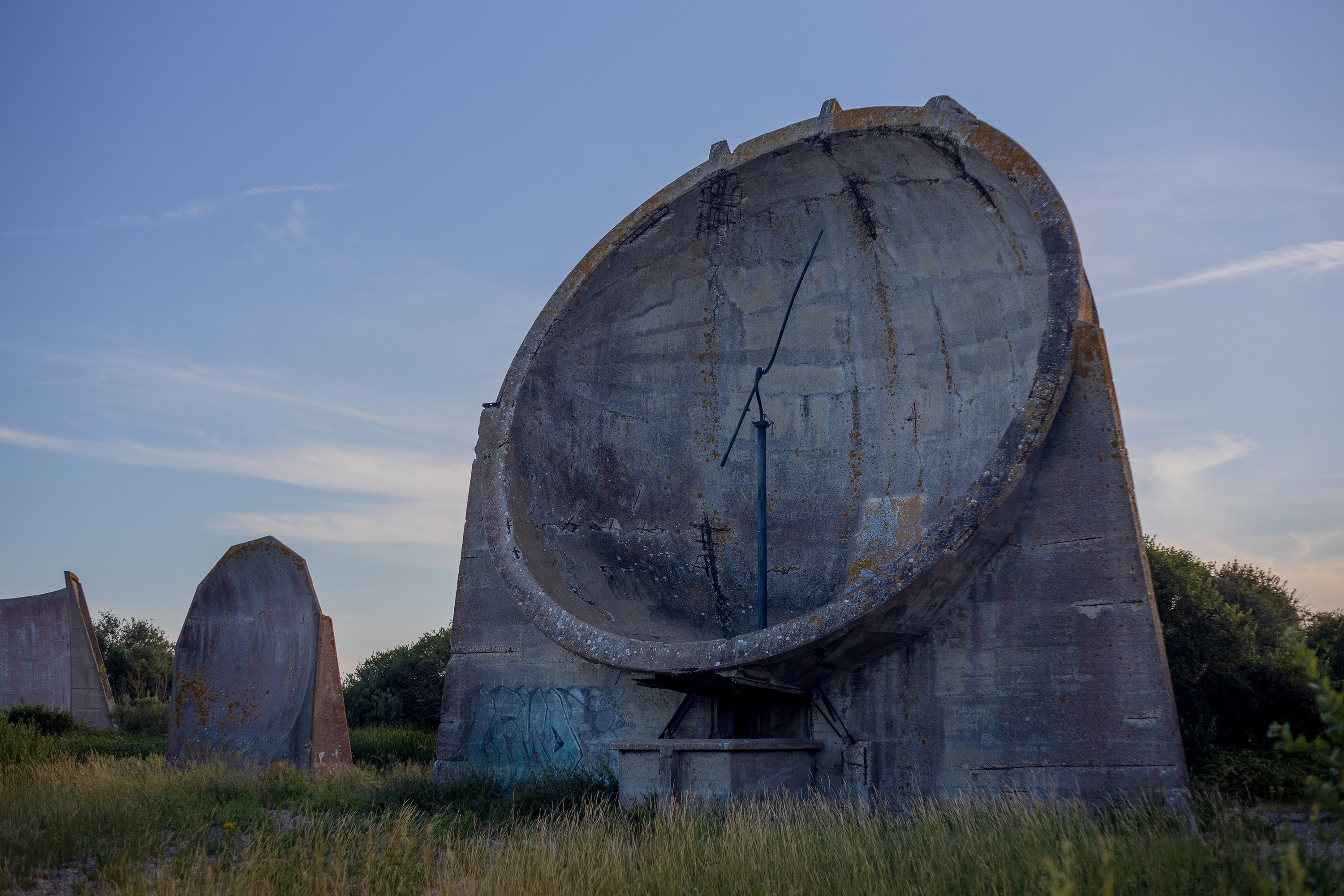 Denge sound mirrors were used to detect incoming aircraft before the invention of Radar